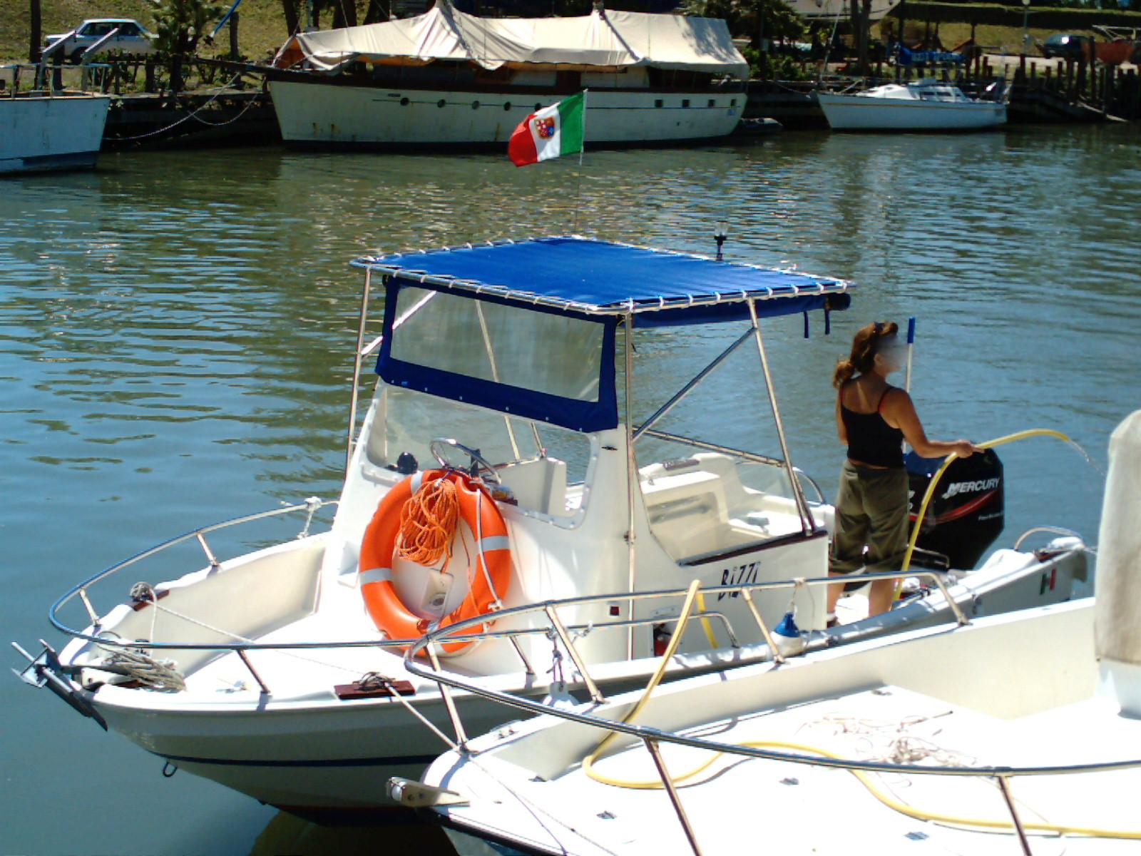 La pesca la nostra passione bizzi i la nostra for Barchetta da pesca