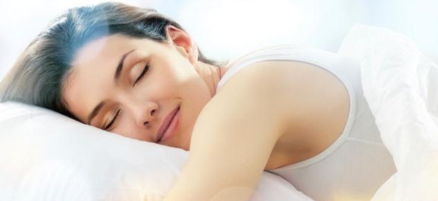 Manfaat Tidur tanpa Memakai Celana Dalam