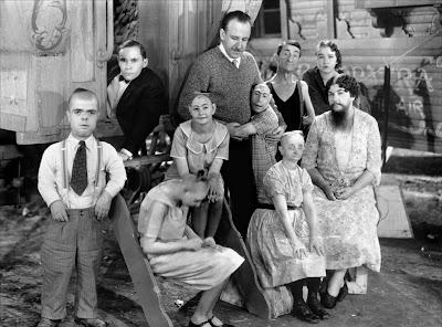 """Foto promocional de """"La Parada de los Monstruos"""" (Tod Browning, 1932)"""