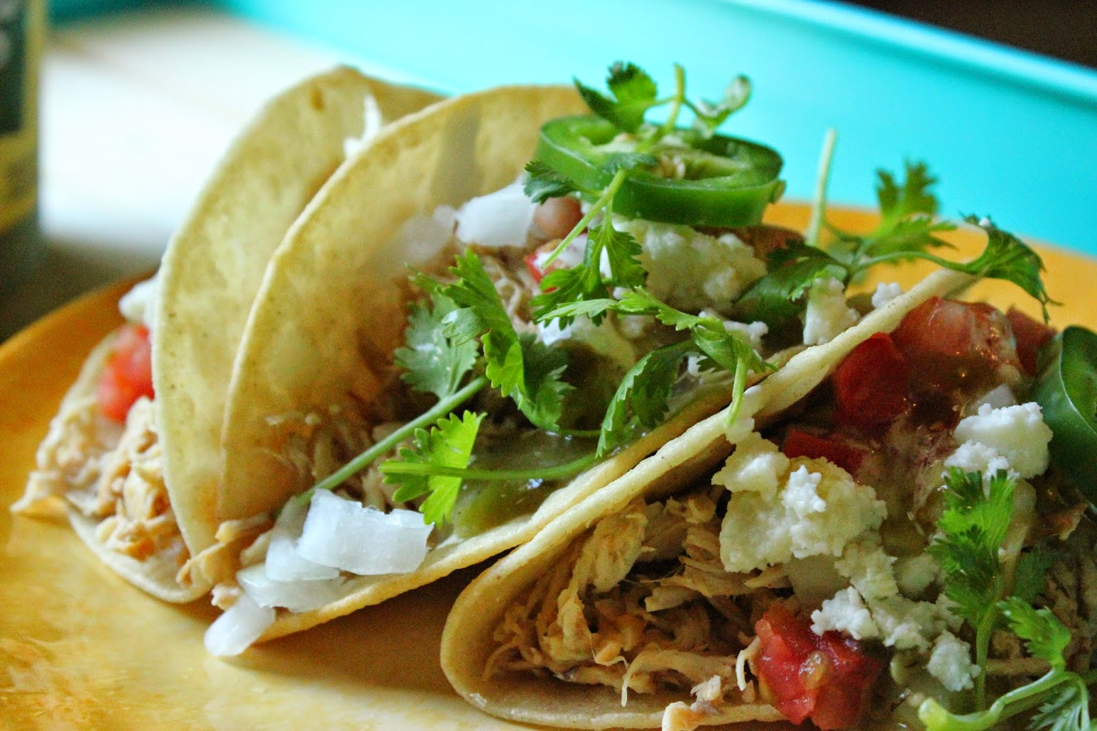 Jaime Loves Stuff : Recipe: Slow Cooker Green Chili Chicken Tacos