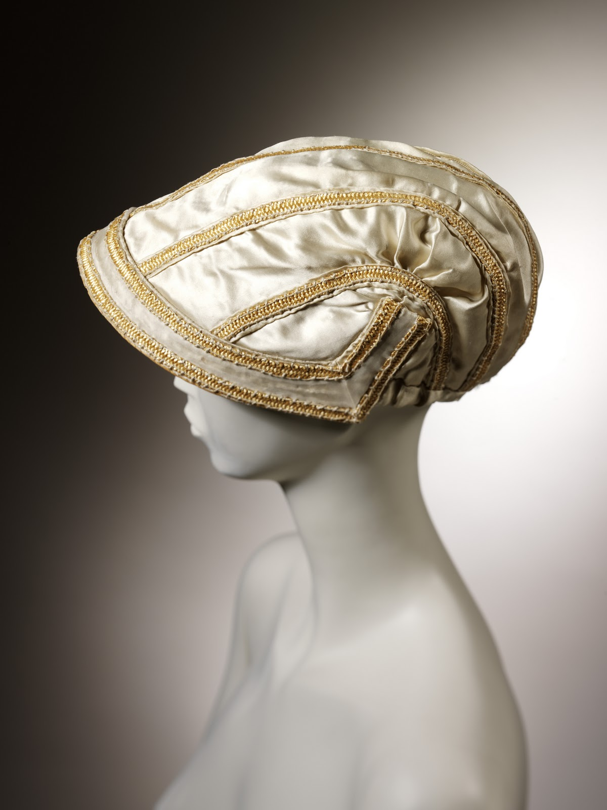 how to make a victorian bonnet from a straw hat