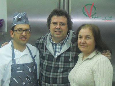 Clemente, Josefina y yo.
