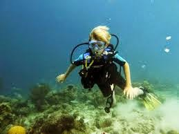 Bubble maker / learning to scuba dive in Phuket is going to be the highlight of their holiday in Patong or Phuket.