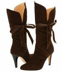 Fashionable brown winter boots