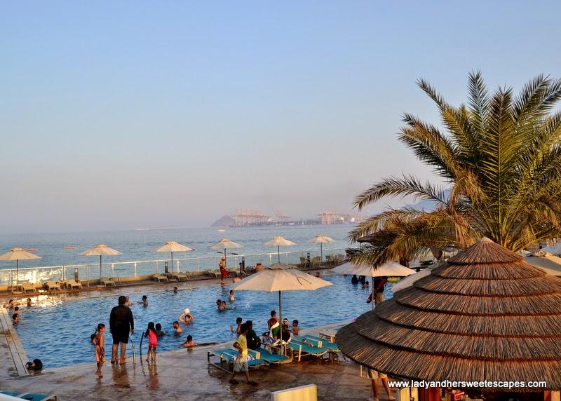 Oceanic Hotel's swimming pool
