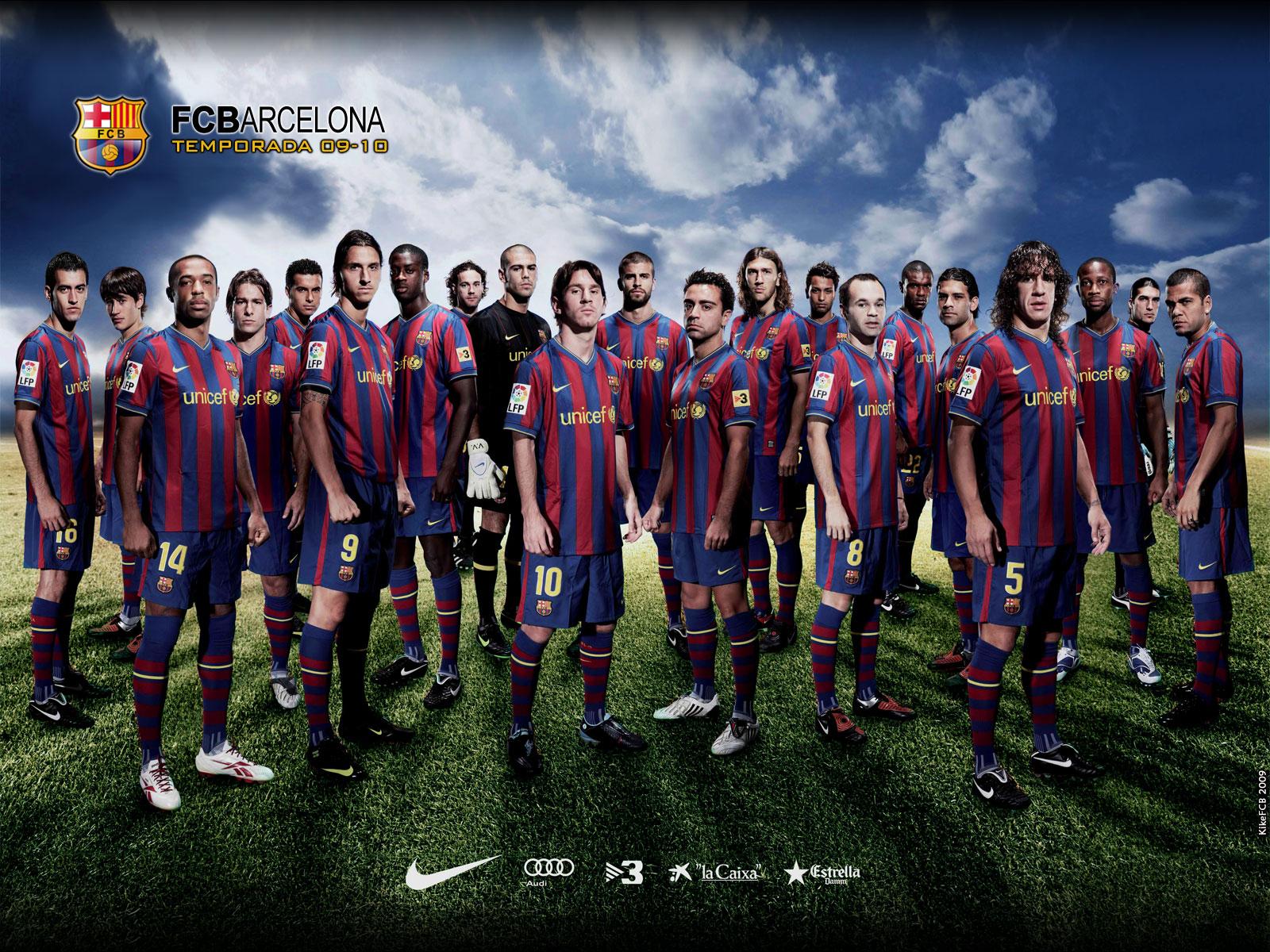 http://3.bp.blogspot.com/-16CZ2rMb3M0/TqV-wHBy86I/AAAAAAAAAHY/0m7kMGnCroI/s1600/FC-Barcelona-Team-wallpaper-2.png