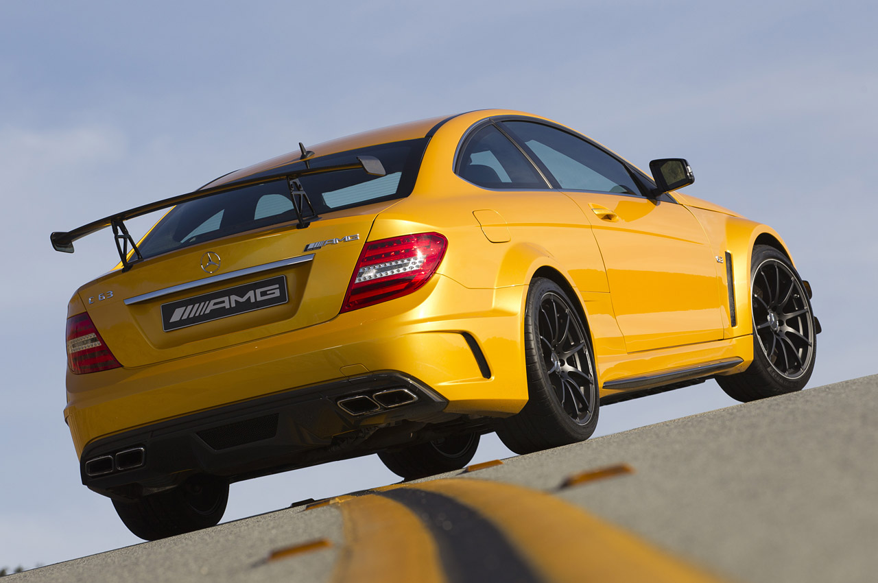 2012 mercedes benz c63 amg coupe black we obsessively cover the auto industry - 2012 mercedes c63 amg coupe ...