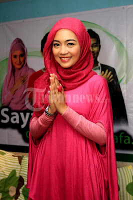 hijab cantik nuri maulida 3 Hijab Cantik Ala Nuri Maulida