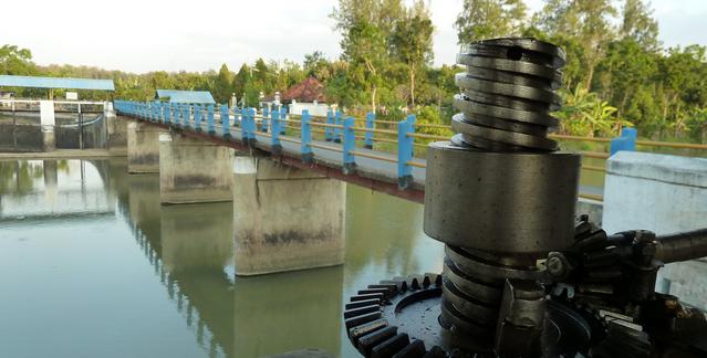 Debit Air Bendung Sungapan Pemalang Mulai Menyusut