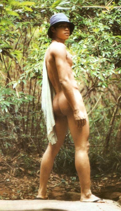 doormini05171 Door Magazine    HOT Thai Guys Naked