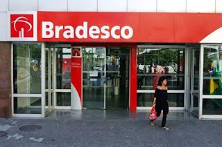 Bradesco diz que não negocia compra do Santander no Brasil