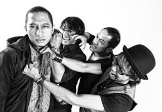 The Rain Siap Menggebrak Musik Indonesia di Tahun 2012