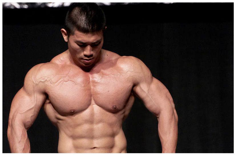 MEN'S BOOKMARK: China Bodybuilder - Gong Yu Zhao (鞏昱昭)