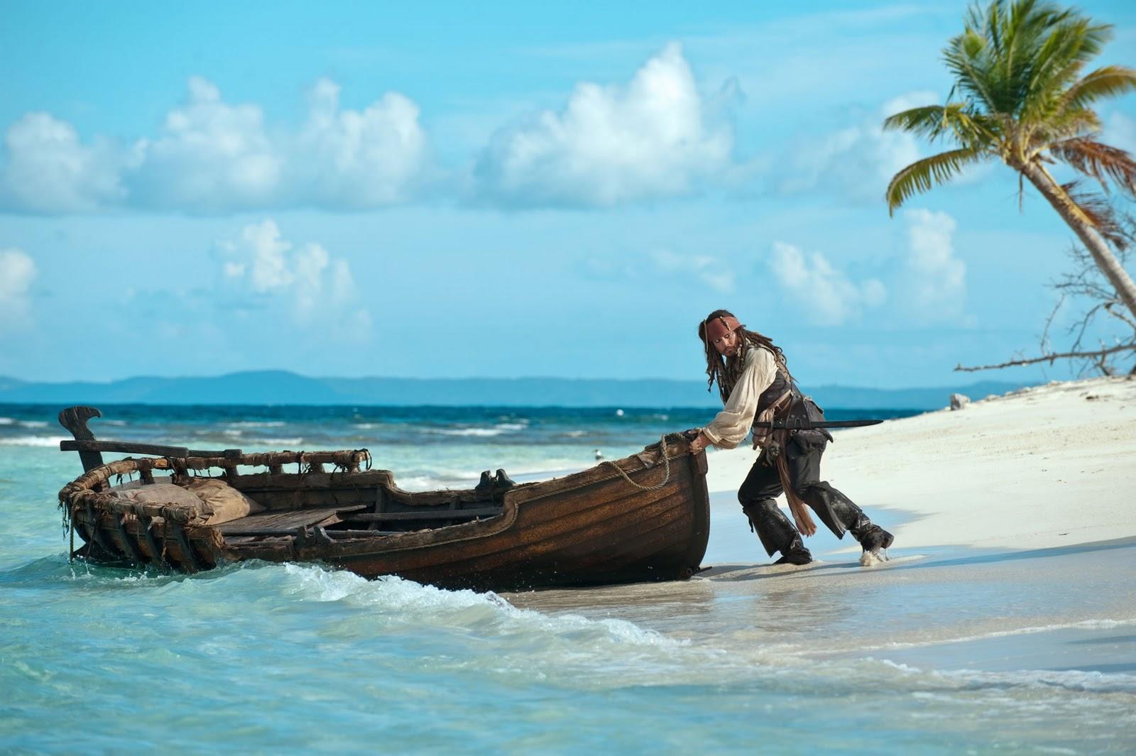 http://3.bp.blogspot.com/-17-ocoy47GY/TVVAIfhlOrI/AAAAAAAAAP8/DqgWn5LqJjg/s1600/walpaper+piratas+del+caribe.jpg