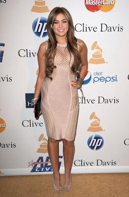 Miley Cyrus Big Cleavage