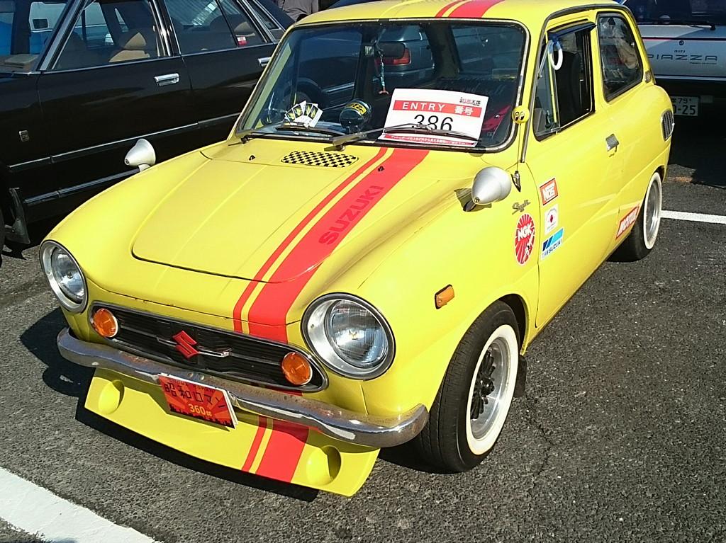 Suzuki Fronte 360, fajne małe auta, samochody z lat 60, silnik umieszczony z tyłu, napęd na tył, JDM, クラシックカー、軽自動車、日本車