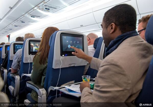 A350 xwb news 50mb on board wi fi on singapore airlines a350s for Interieur avion air france