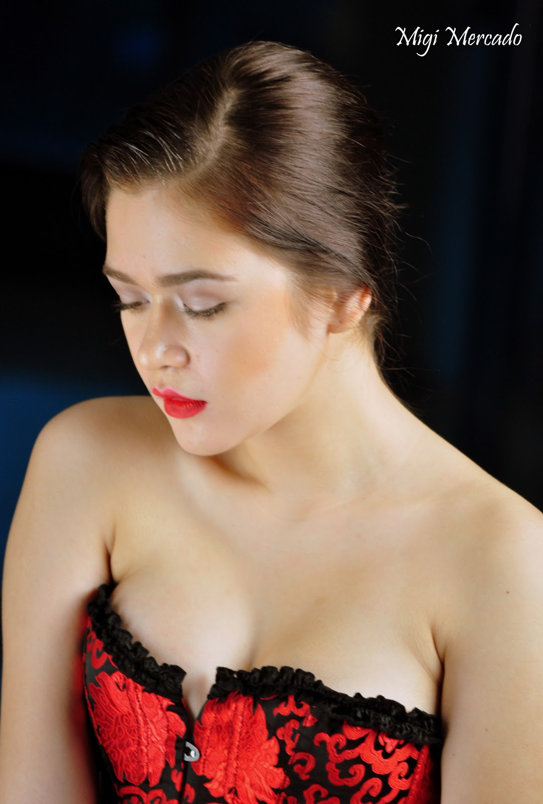 Bela Padilla Kissing Scene