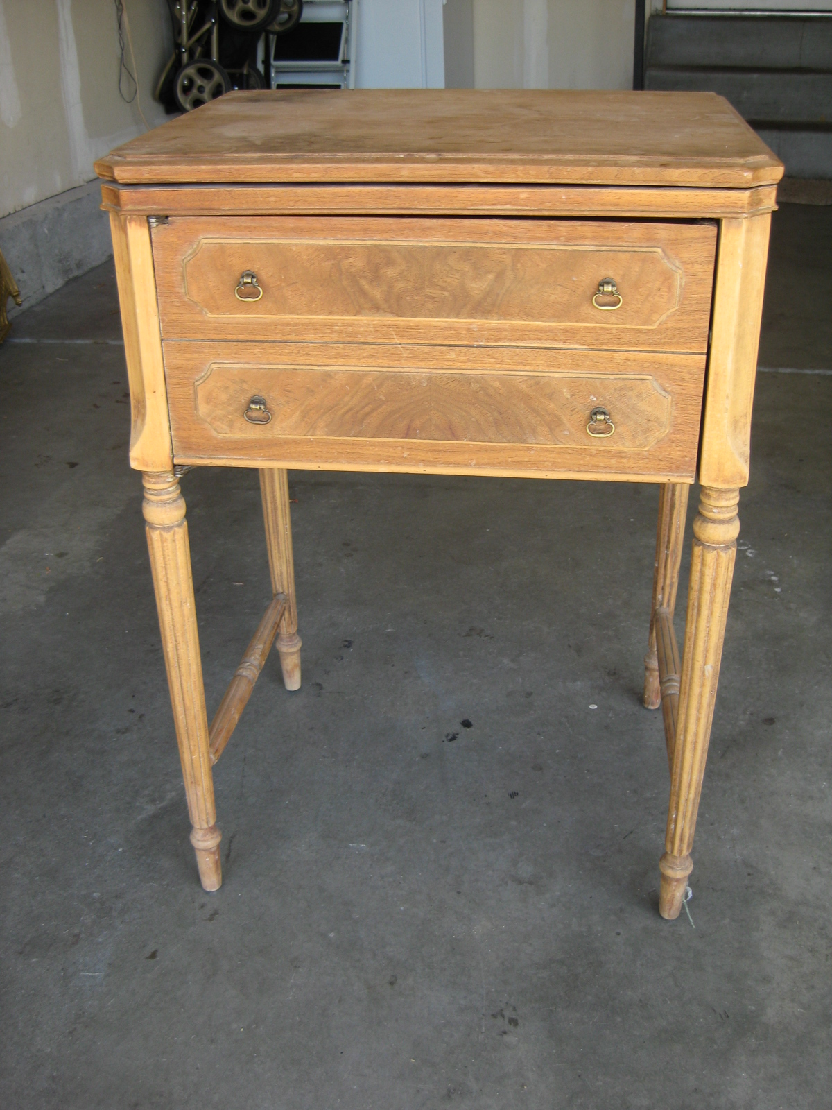 Tda Decorating And Design Thrift Store Furniture Finds