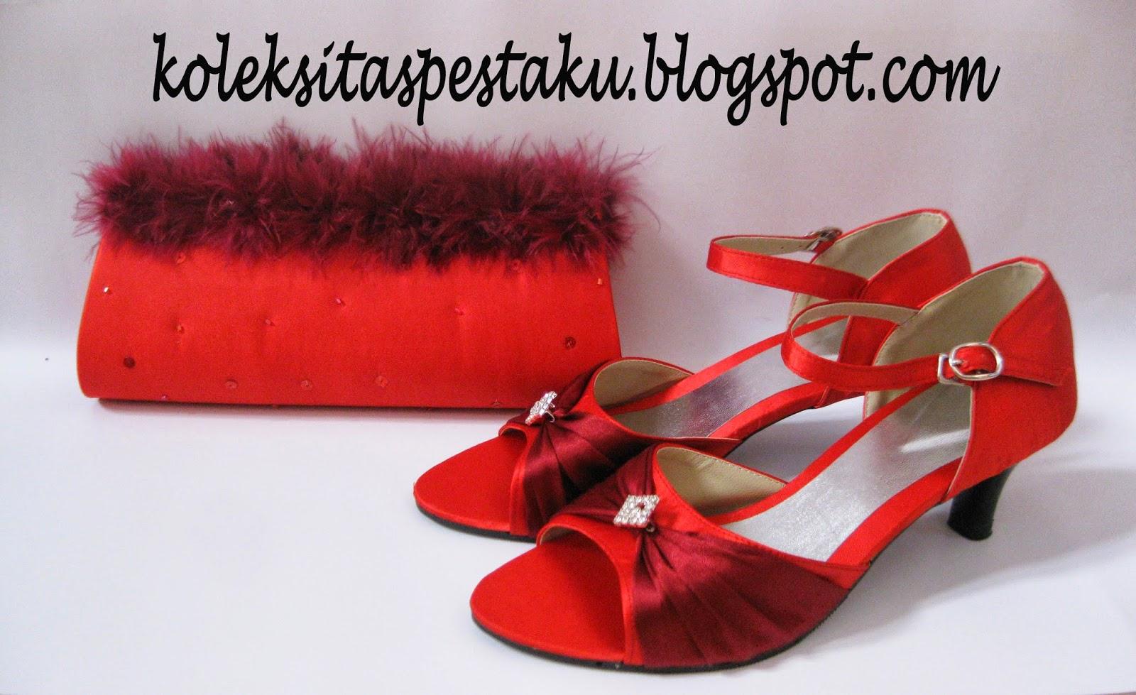 Tas Pesta dan Sepatu Merah Maroon Bulu Cantik Unik