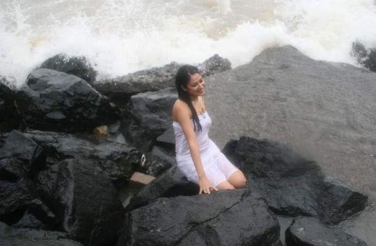 anjali pandey in transparent dress hot photoshoot