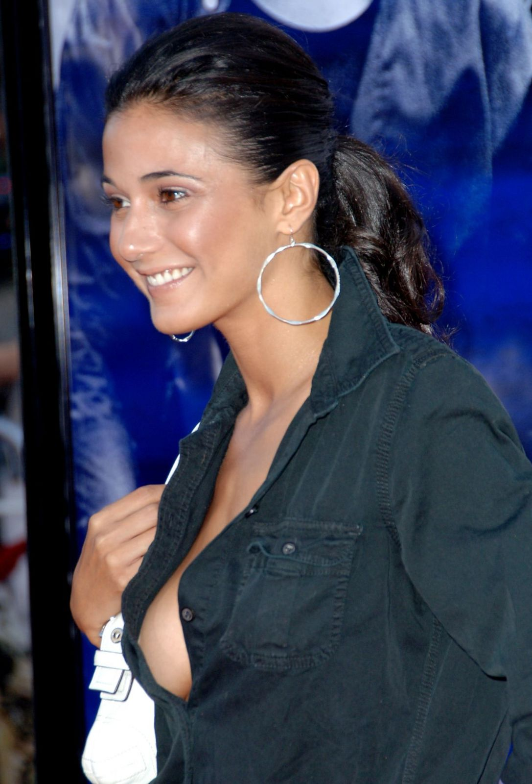chriqui hot Emmanuelle