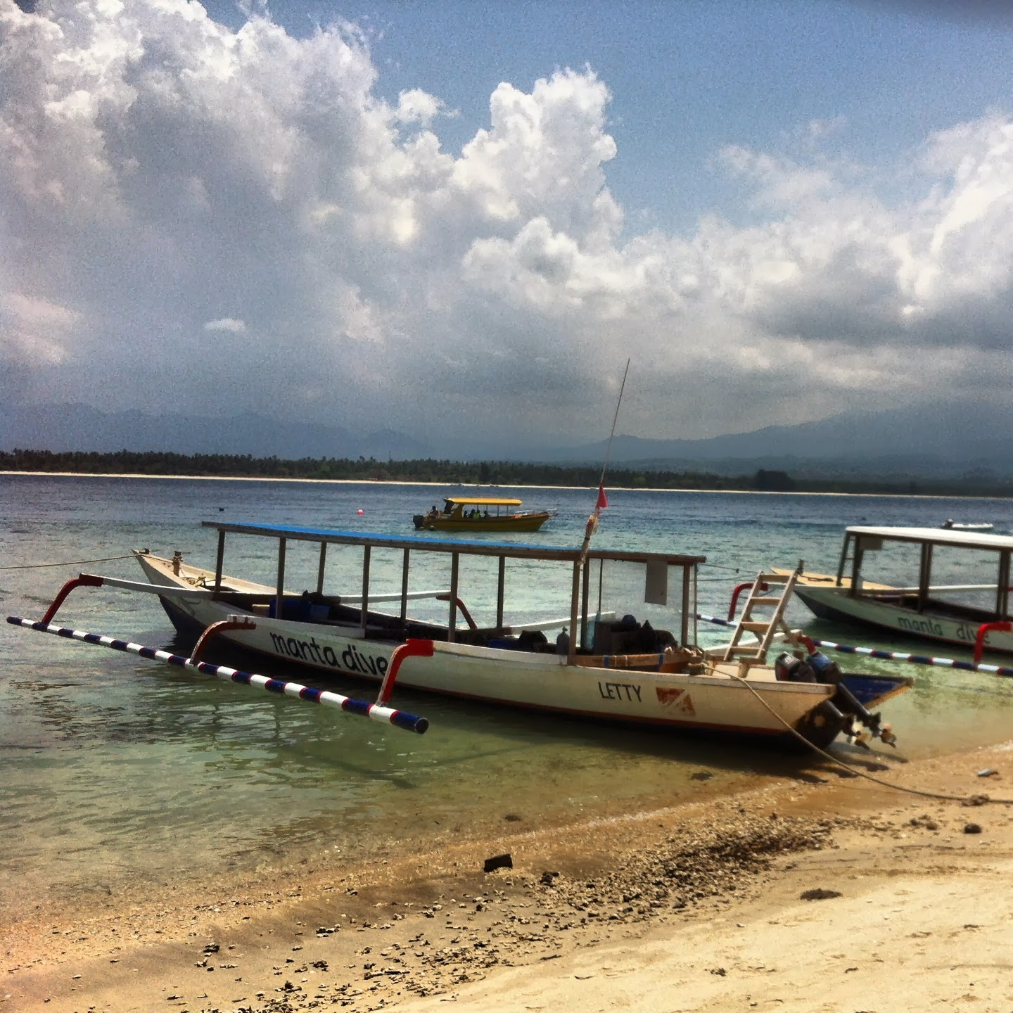 Lincoln goes to indonesia and thailand and diving gili air with chuck - Gili air manta dive ...