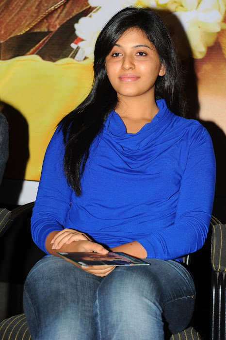 anjali beautiful looking cute stills