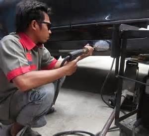 Bila perbaikan tambahan diperlukan ketika melakukan perbaikan mobil, kemungkinan itu disebabkan karena kerusakan yang tersembunyi atau memang lebih baik untuk kendaraan tersebut.