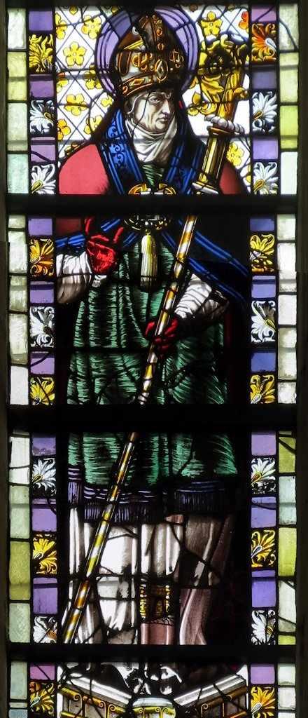 São Leofredo: detalhe de vitral de Saint-Ouen, Ruão, França