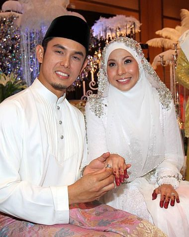 gambar nikah kahwin irma hasmie redza pernikahan perkahwinan
