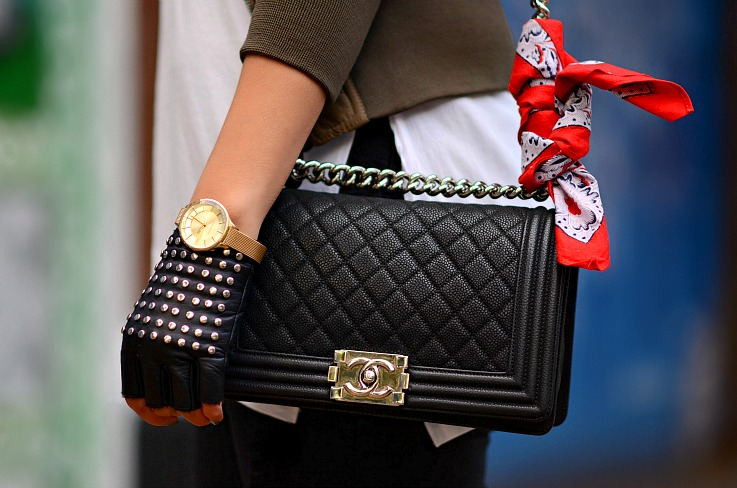 Prisma watch, Chanel Boy bag, Studded fingerless leather gloves, Red bandana, bandana trend 2015