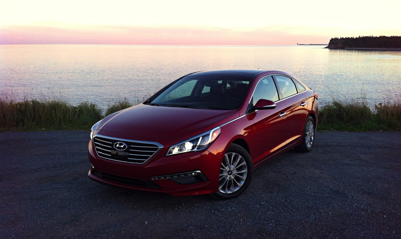 2015 hyundai sonata limited review less style less power more of everything else good car. Black Bedroom Furniture Sets. Home Design Ideas