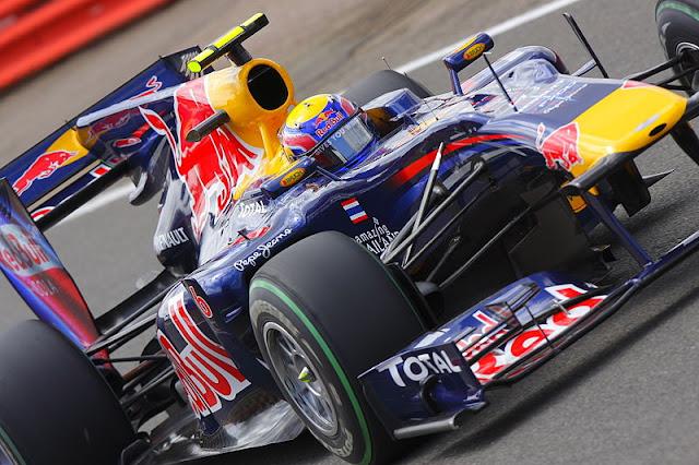 Gambar Mobil Balap F1 Red Bull 01