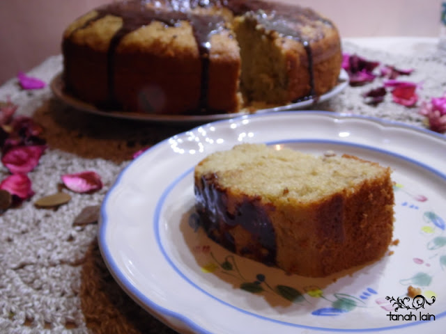 Budnt Cake de Nata con pasas y nueces