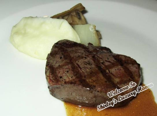la cucina italian restaurant charcoal-grilled hanwoo steak