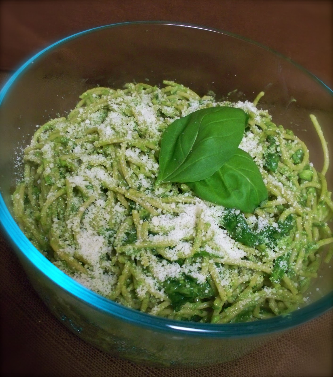 KitchenJoy: Creamy Avocado Pasta