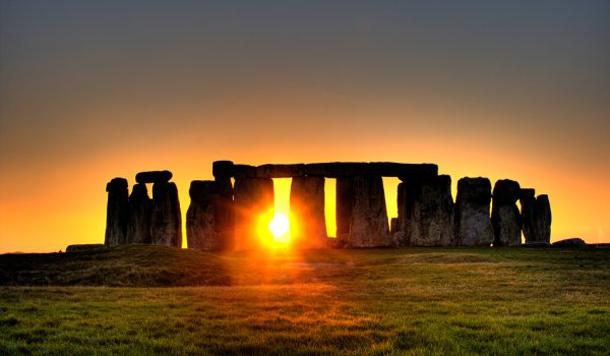بالصور منظر رائع لغروب الشمس
