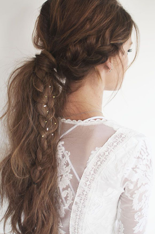http://www.teenvogue.com/gallery/13-awesome-music-festival-hairstyle-ideas