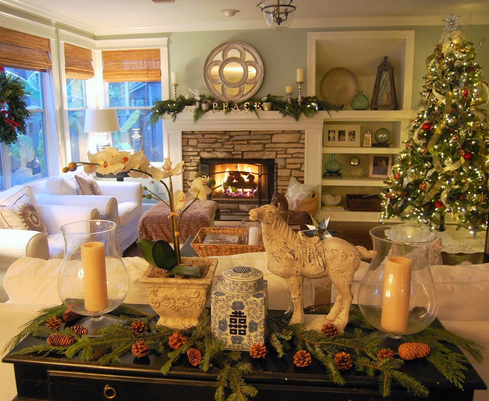 Classic Style Home Christmas Living Room 2014
