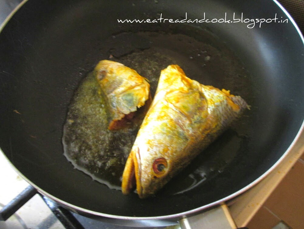 how to cook bengali Macher Matha Die Bandhakopir Tarkari recipe with step by step pictures
