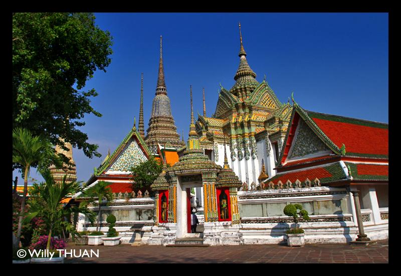 Wat Pho - the Temple of the reclining Buddha in Bangkok - Bangkok Blog