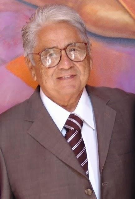 """""""Dr. Hector Peón Vidales"""""""