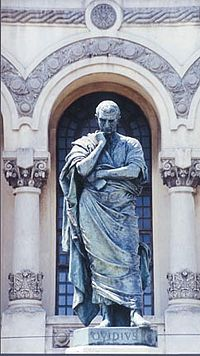 Estatua de Ovidio en Constanza, realizada por Ettore Ferrari