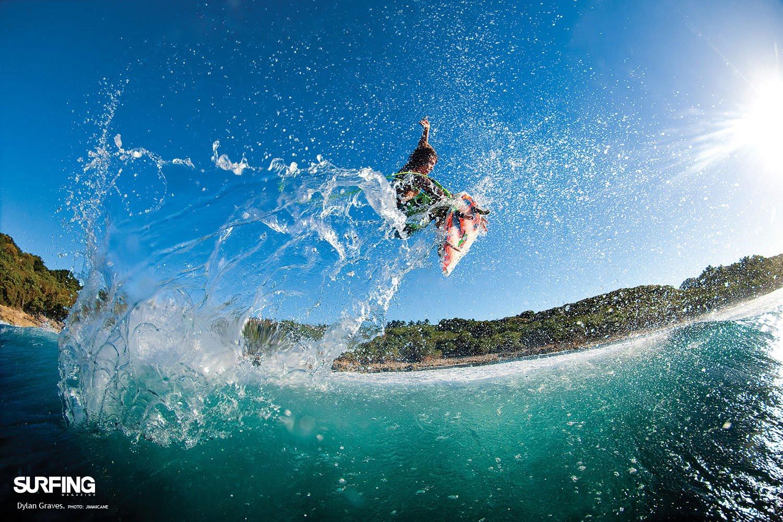 http://3.bp.blogspot.com/-1AdSvg3hkO0/TXzpDfgzLVI/AAAAAAAAAp0/SJDb9lPs8_8/s1600/surfing-desktop-wallpaper-10.jpg