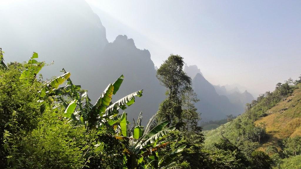 Laos, ein wunderschönes friedliches Reiseland für Touren auf eigene Faust