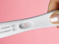 20 Tanda Kehamilan Awal (Ciri-Ciri Wanita Hamil Muda)