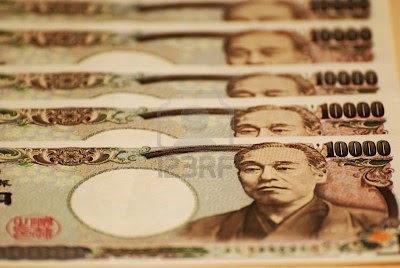 japanese-yen-bills