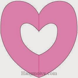 Bước 4: Hoàn thành vòng tròn trái tim bằng giấy.
