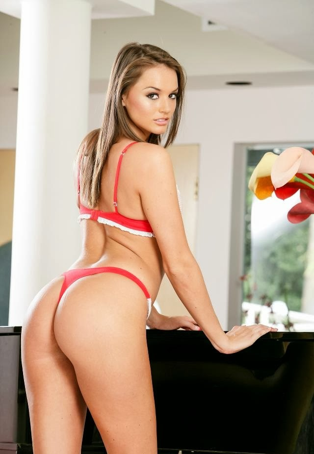 Red Bikini HD Wallpaper of Tori Black